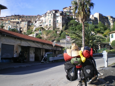 02.05.2007 - Vieille ville de Ventimiglia.