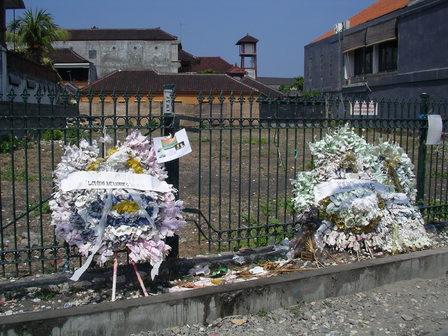 16.11.2006 - Le Sari Club... qui n'est plus. Kuta-Legian, Bali.
