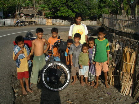 08.12.2006 - En direction de Bima. Sumbawa.