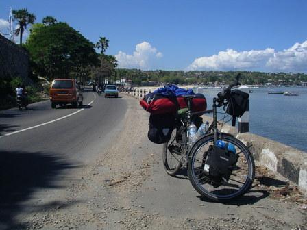 18.12.2006 - Arrivée à Kupang, Timor occidental.