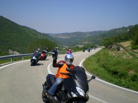 29.04.2007 - Yamaha Scooter Club en sortie.