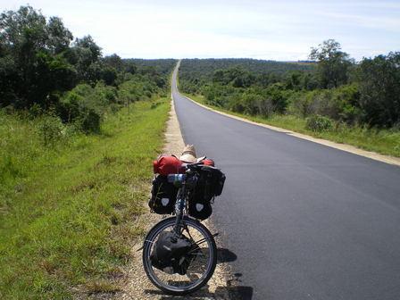 16.03.2007 - Traversée du parc national Zombitse. Direction Sakaraha.