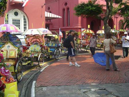 07.10.2006 - Les vélos side-cars de Malacca.