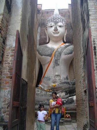 10.07.2006 - Wat Si Chum, Sukhothai.