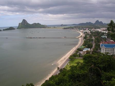17.08.2006 - Vue sur le golfe de Thaïlande. Prachuap Khiri Khan.